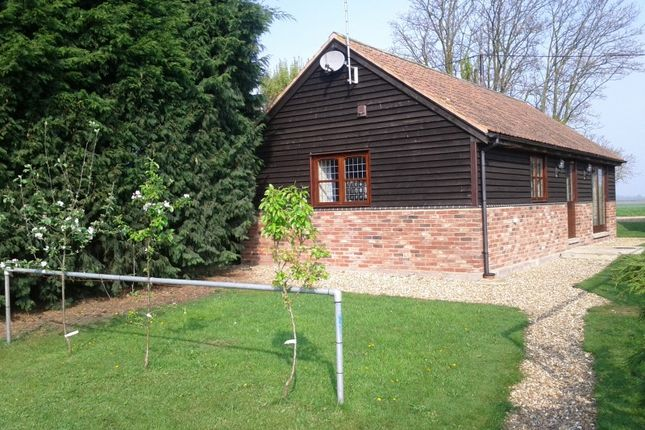 Thumbnail Bungalow to rent in Glassmoor Bank, Whittlesey, Peterborough