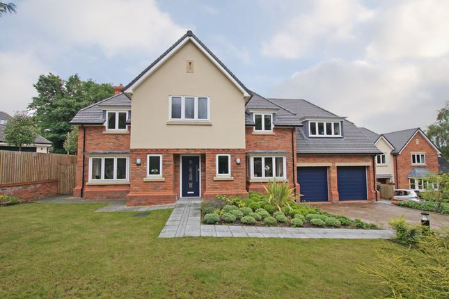Thumbnail Detached house for sale in Twatling Road, Barnt Green