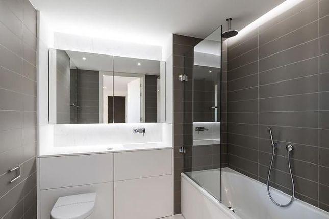 Bathroom of Handyside Street, London N1C