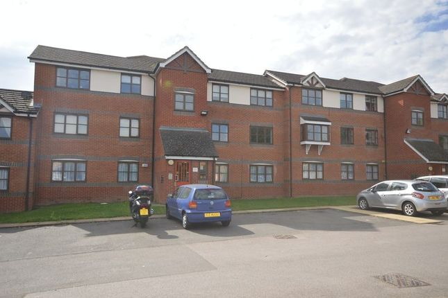 Thumbnail Flat to rent in Coalmans Way, Burnham, Slough