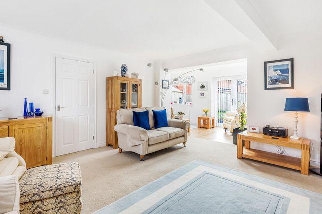 Living Room of Culham Close, Abingdon OX14