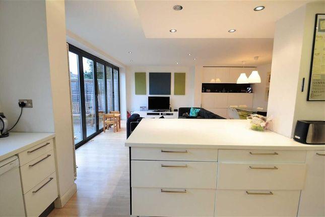 New Property In Pickford Lane
