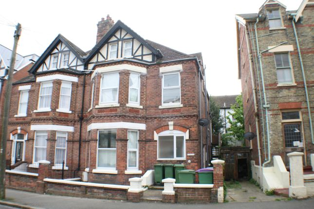 Thumbnail Flat to rent in 18 Connaught Road, Folkestone, Kent