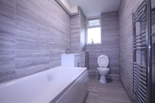 Thumbnail Terraced house to rent in Carteret Way, Canada Waters