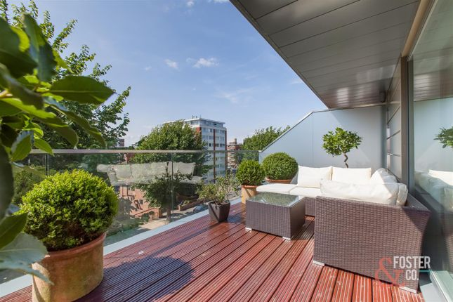 Thumbnail Flat for sale in Crown Close, Palmeira Avenue, Hove