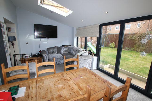 Family Room of Heathercliff Way, Penistone, Sheffield S36