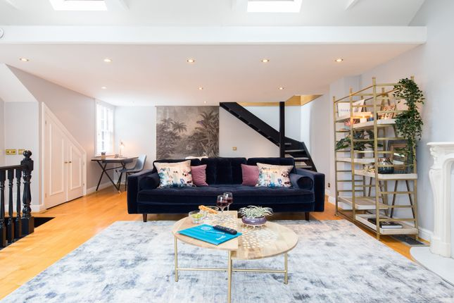 Thumbnail Town house to rent in Holbein Mews, London