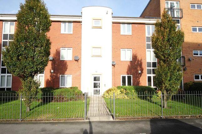 Thumbnail Flat to rent in Alderman Road, Hunts Cross, Liverpool