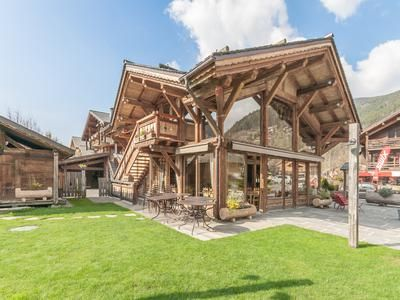 Thumbnail Pub/bar for sale in Morzine, Haute-Savoie, France