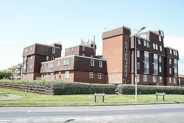 Thumbnail Flat to rent in Balcombe Court, Balcombe Road, Peacehaven