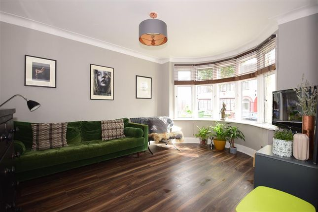 Thumbnail Flat for sale in Landseer Avenue, Manor Park, London