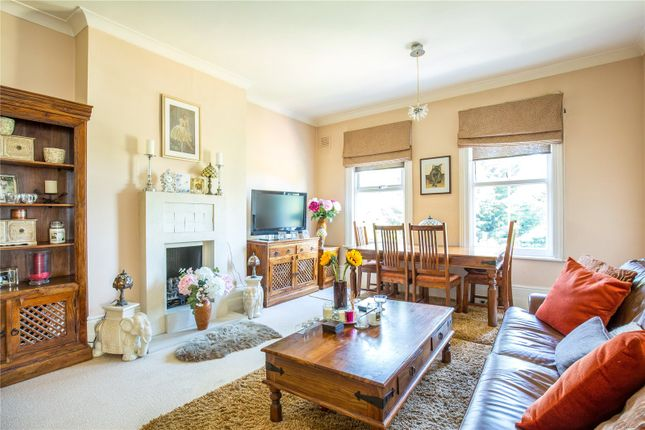 Thumbnail Flat for sale in Lansdowne Road, Finchley, London