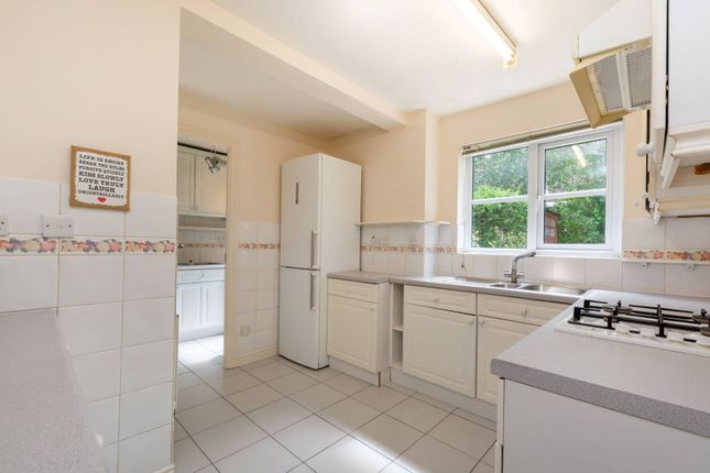 Thumbnail Property to rent in Dittoncroft Close, Croydon