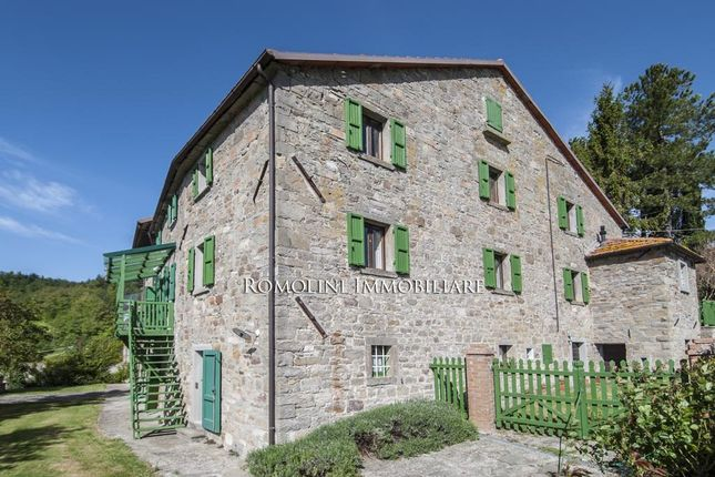 8 bed country house for sale in Badia Tedalda, Tuscany, Italy