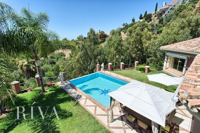 Thumbnail Villa for sale in Urbanizacion El Herrojo, Málaga, Spain