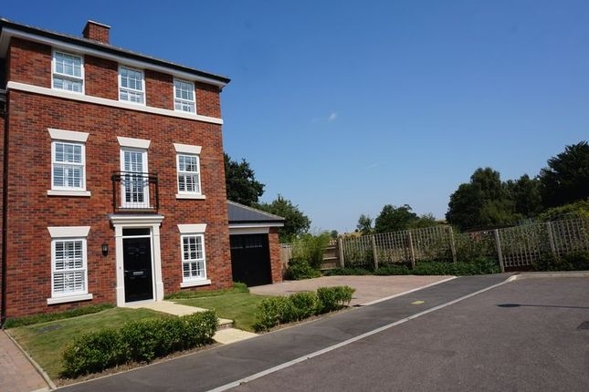 Thumbnail Town house to rent in Duck Riddy, Ampthill, Bedford