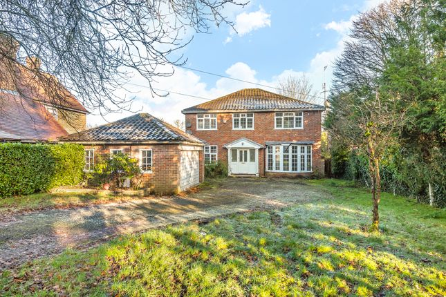 Thumbnail Detached house to rent in Moor Park Road, Northwood