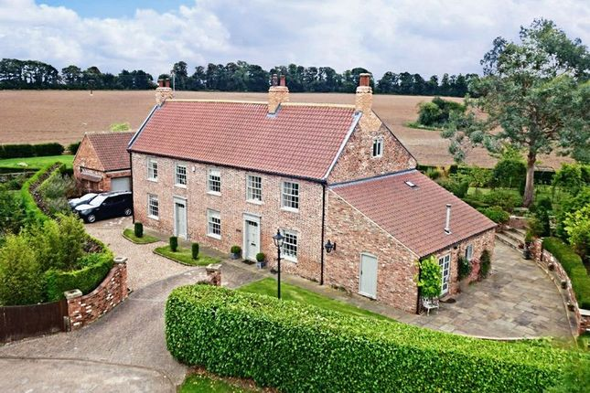 Thumbnail Detached house for sale in Wold Road, Barrow-Upon-Humber