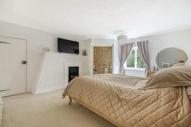 Bedroom 1 of The Hollow, Washington, West Sussex RH20