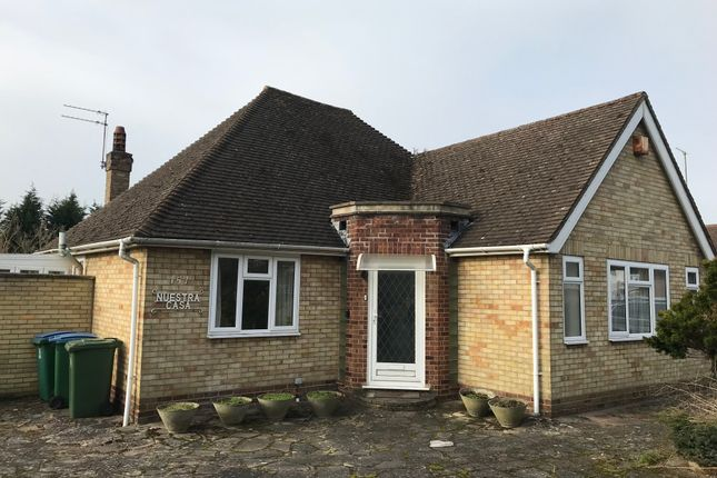 Thumbnail Detached bungalow for sale in Cassiobury Drive, Watford
