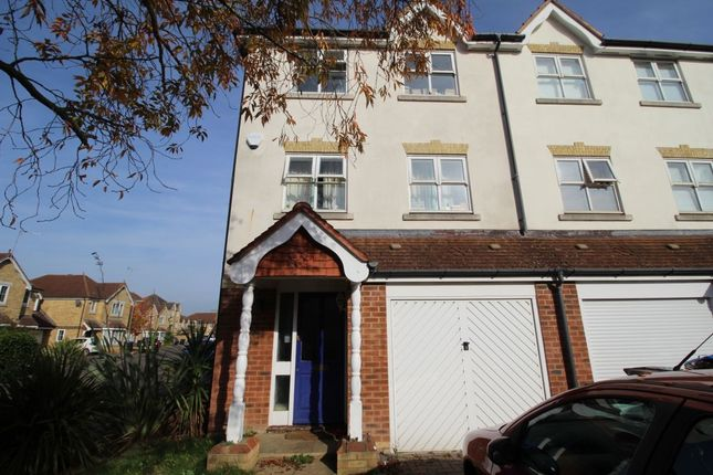Thumbnail Semi-detached house to rent in Nightingale Shott, Egham