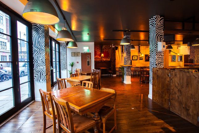 Thumbnail Pub/bar to let in Hoxton, London