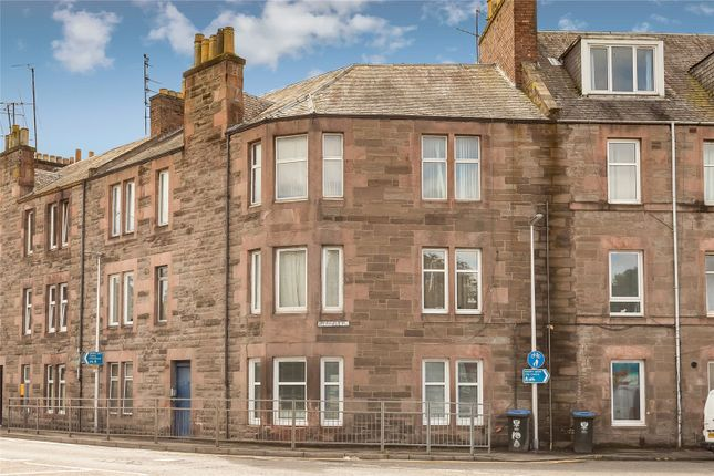 Thumbnail Flat to rent in 14B Crieff Road, Perth