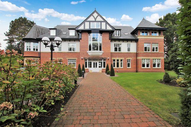 5 bed flat for sale in Broad Lane, Hale, Altrincham WA15