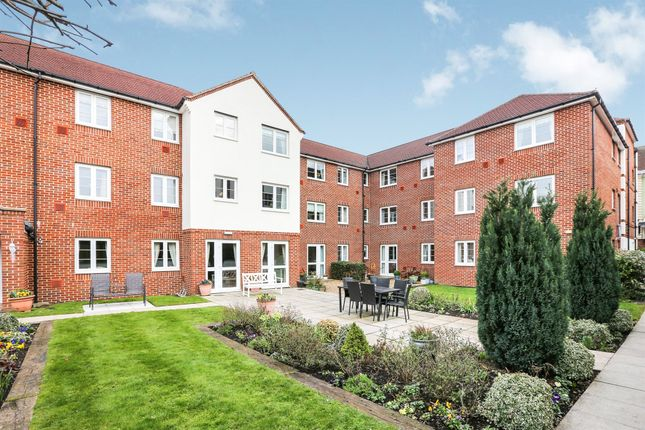 Thumbnail Property for sale in Bennett Court, Station Road, Letchworth Garden City