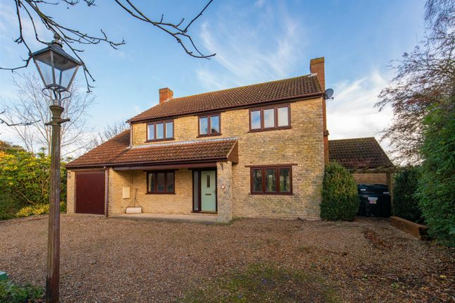Thumbnail Detached house for sale in Bakers Close, Stoke Goldington, Newport Pagnell