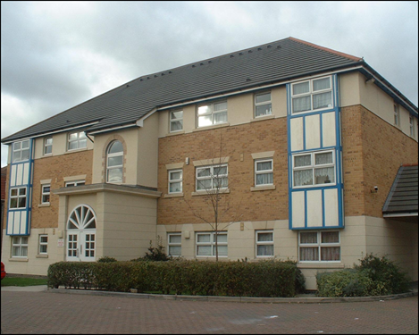 Thumbnail Maisonette to rent in Cuthberga Close, Barking