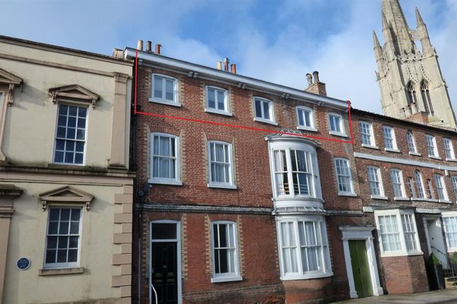 Thumbnail Flat for sale in Upgate, Louth