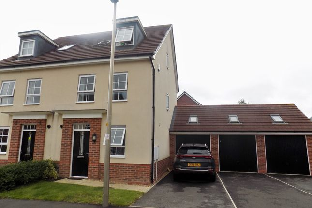 Thumbnail Town house for sale in Silverlea Road, Lostock Gralam, Northwich