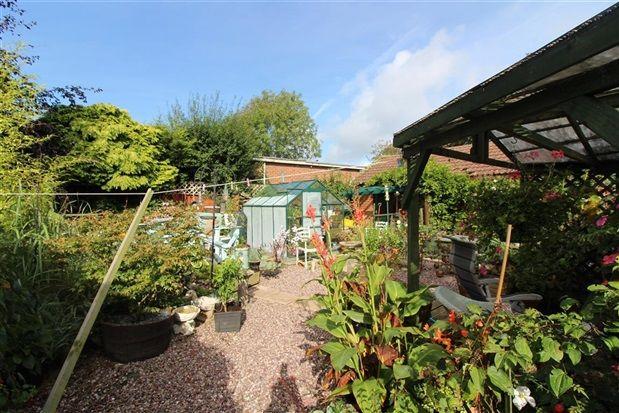 Garden of Hackensall Road, Knott End-On-Sea, Poulton-Le-Fylde FY6
