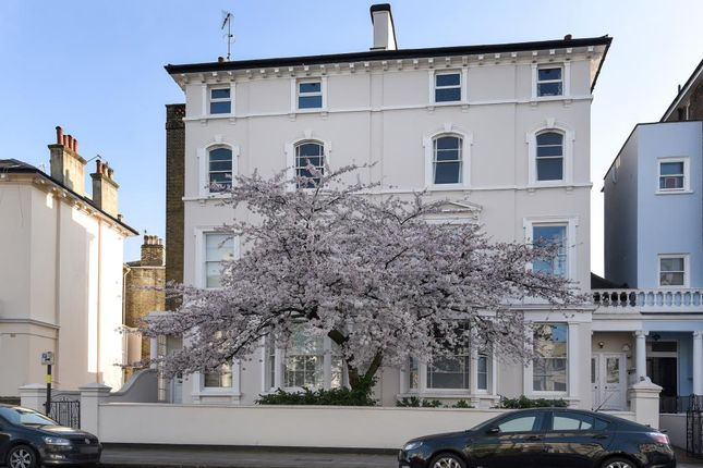 2 bed flat for sale in Regents Park Road, Primrose Hill NW1,