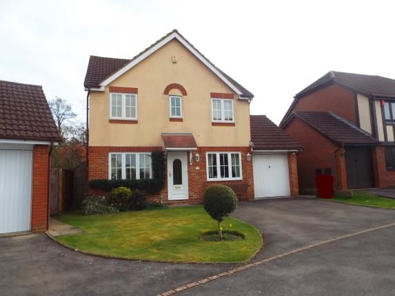 Thumbnail Detached house for sale in Warfield, Bracknell, Berkshire