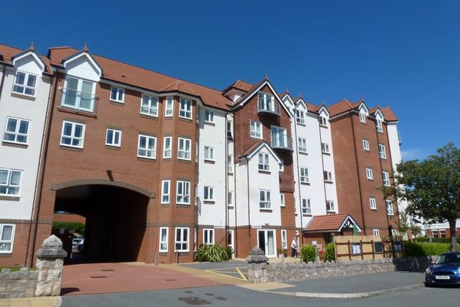 1 bed property for sale in Abbey Road, Rhos On Sea, Colwyn Bay LL28