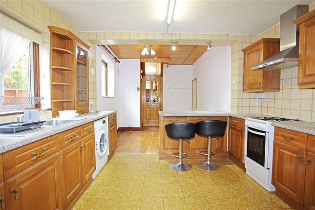 Kitchen/Dning Area