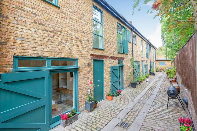 Thumbnail Terraced house for sale in Prices Mews, Islington