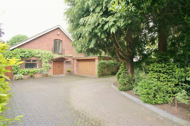 Thumbnail Detached house for sale in Rowley Crescent, Stratford-Upon-Avon