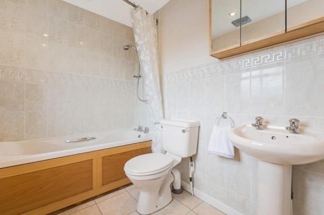Bathroom of Jackson Drive, Glasgow, Lanarkshire G33