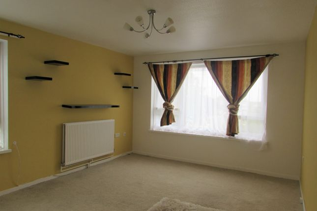 Thumbnail Flat to rent in Weald Lane, Harrow Weald