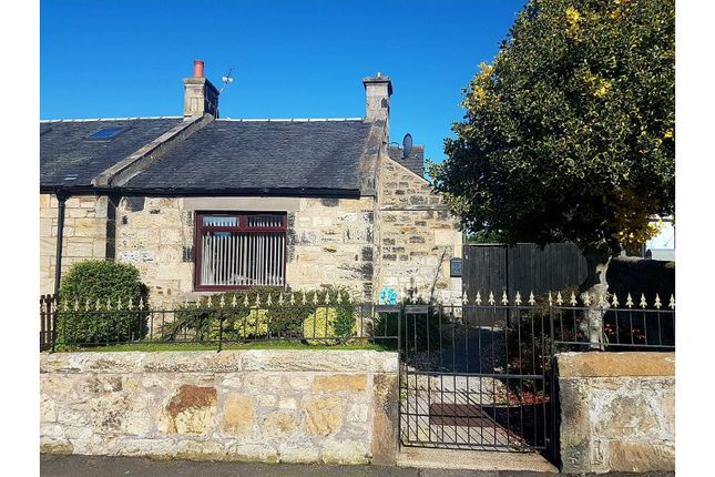 Thumbnail Semi-detached bungalow for sale in Erngath Road, Bo'ness