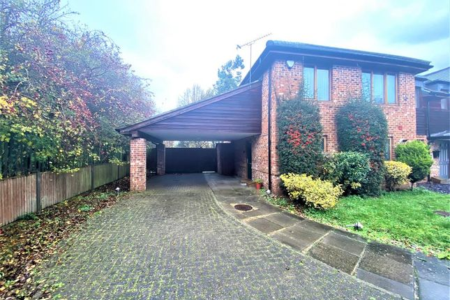 Thumbnail Semi-detached house for sale in Kingshill Close, Hayes, Middlesex