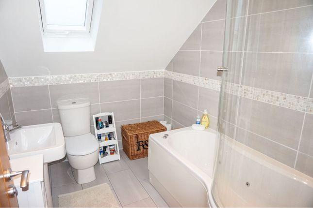 Family Bathroom of Pennard Road, Pennard SA3