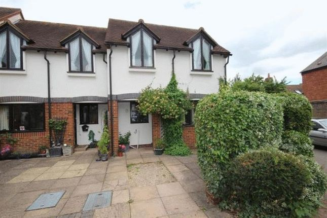 Thumbnail Terraced house to rent in Swan Walk, Thame