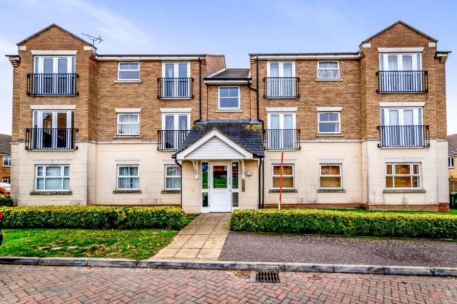 Thumbnail Flat for sale in Dimmock Close, Leighton Buzzard, Bedfordshire