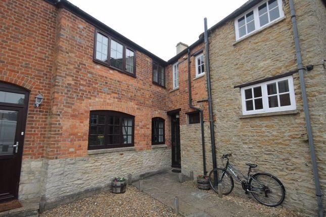 1 bed flat for sale in Kidlington Centre, High Street, Kidlington OX5