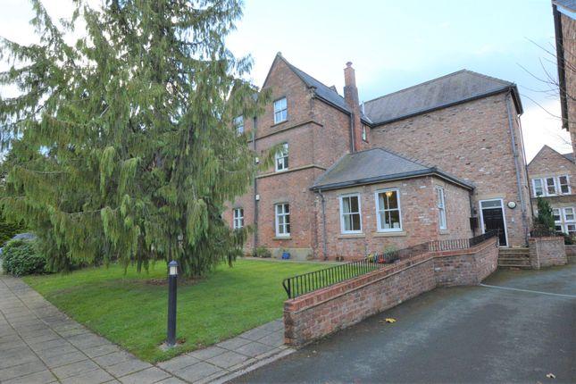 Thumbnail Flat to rent in Strathalyn, Rossett, Wrexham