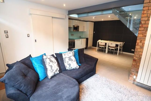 1 bed mews house to rent in King's Stables Lane, Edinburgh EH1